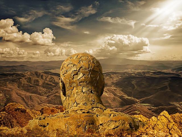 stone-man-2984962_640